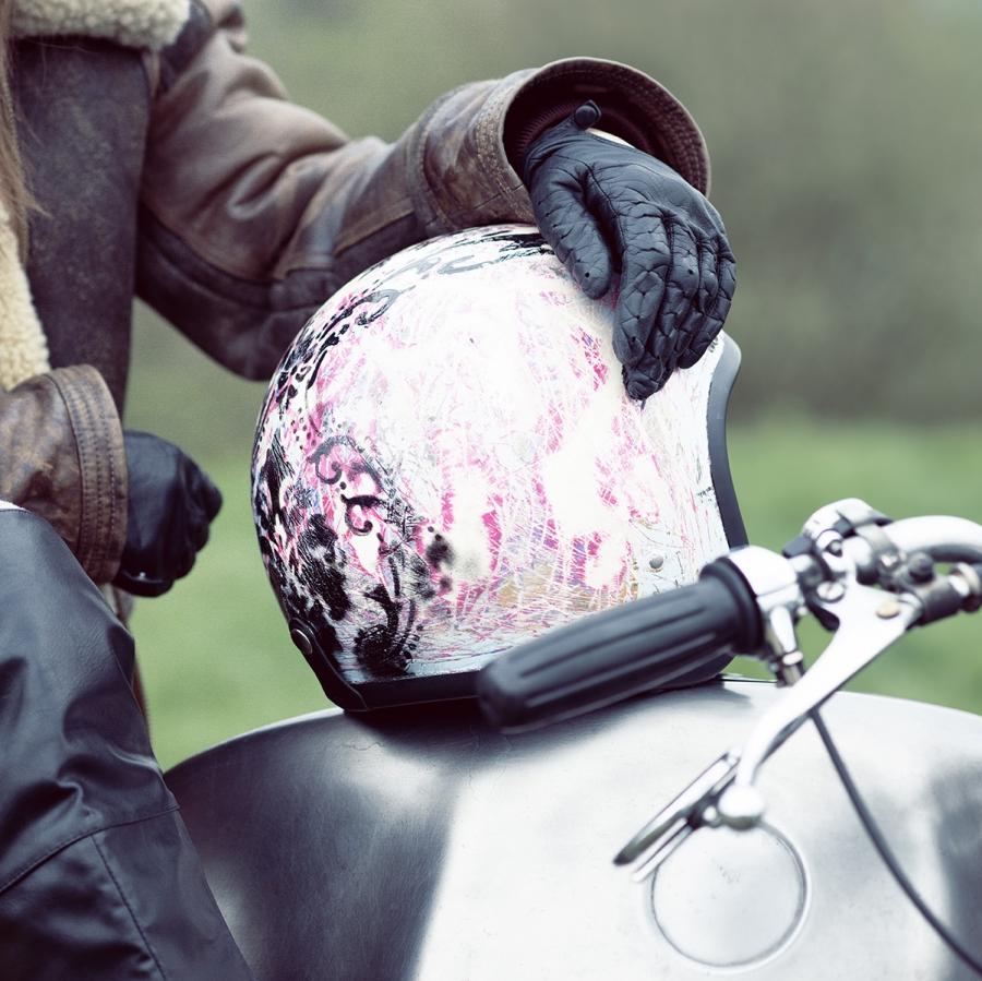 Helmets For Heroines
